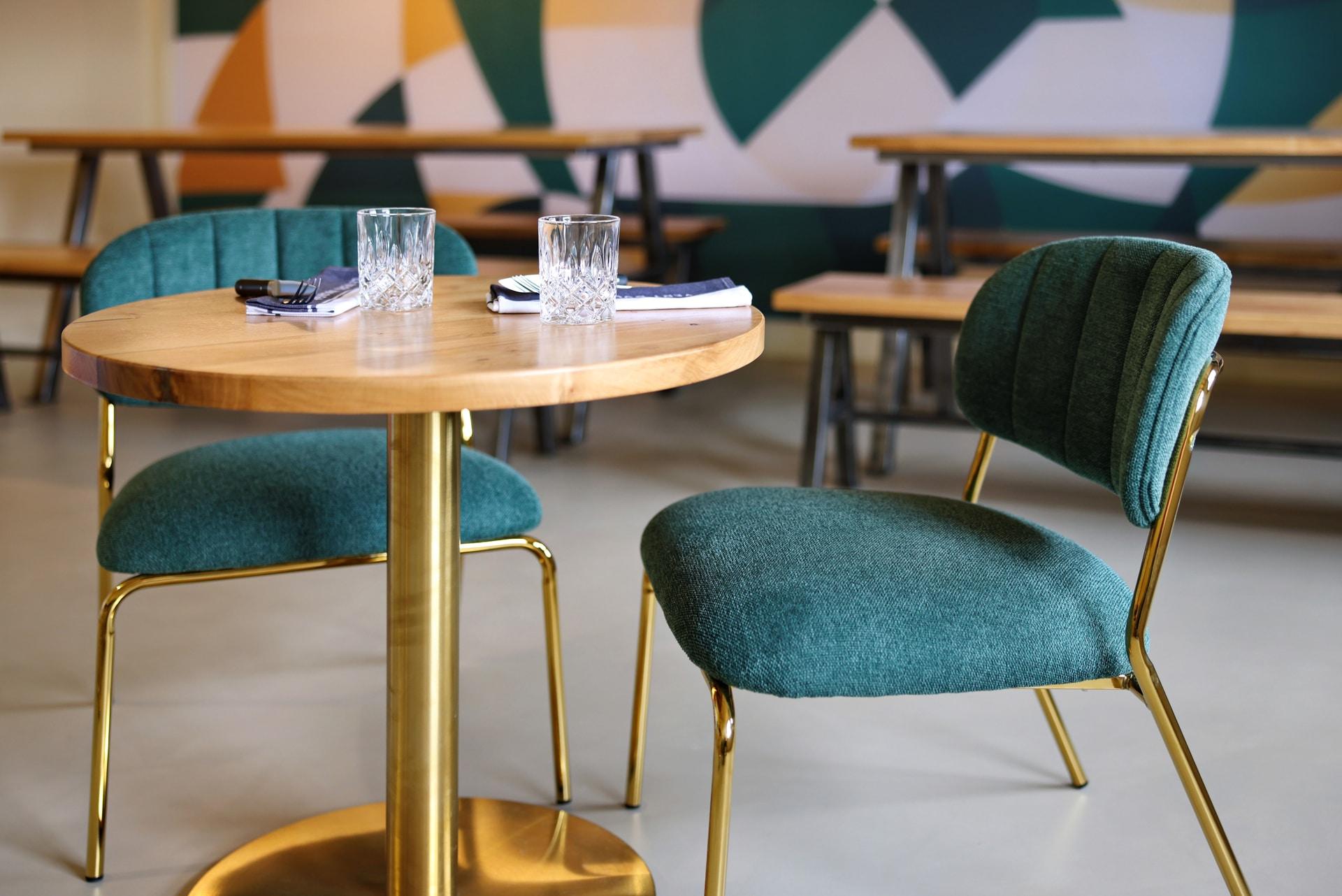 Table et chaises lvb rouen